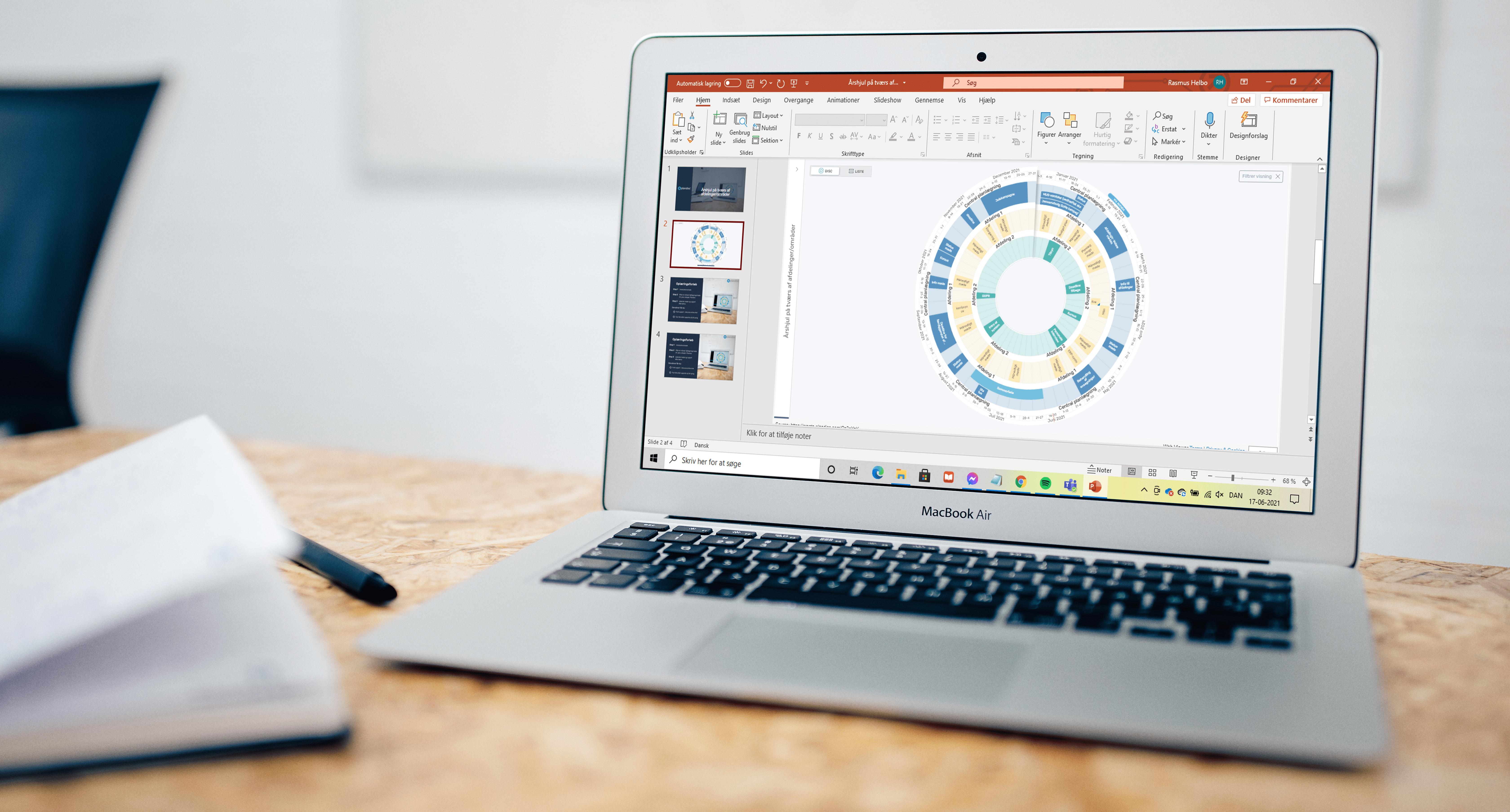 Plandisc: Vis et interaktivt årshjul i PowerPoint. Imponér dine kollegaer med en præsentation, der skaber overblik over fremtidsplaner